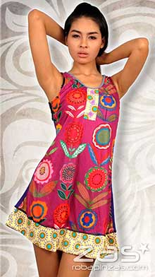 Vestido de tirantes y flores hippies