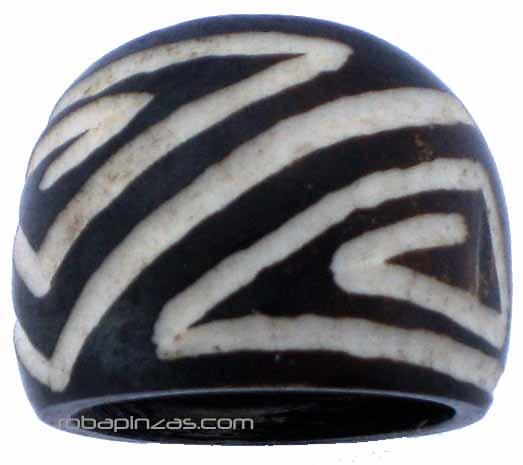 Anillo en hueso búfalo tallado, calidad y acabado impecable, 5 tallas Comprar - Venta Mayorista y detalle