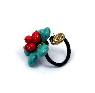 Anillo con forma de flor de piedras con detalle espiral de latón, Comprar - Venta Mayorista y detalle