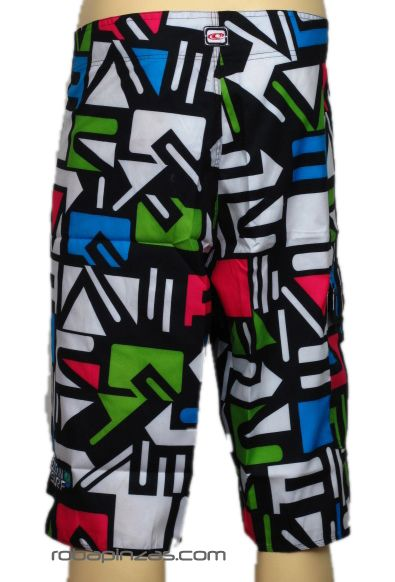Bañador chico triángulos multicolor, con bolsillo lateral y cordón Comprar - Venta Mayorista y detalle