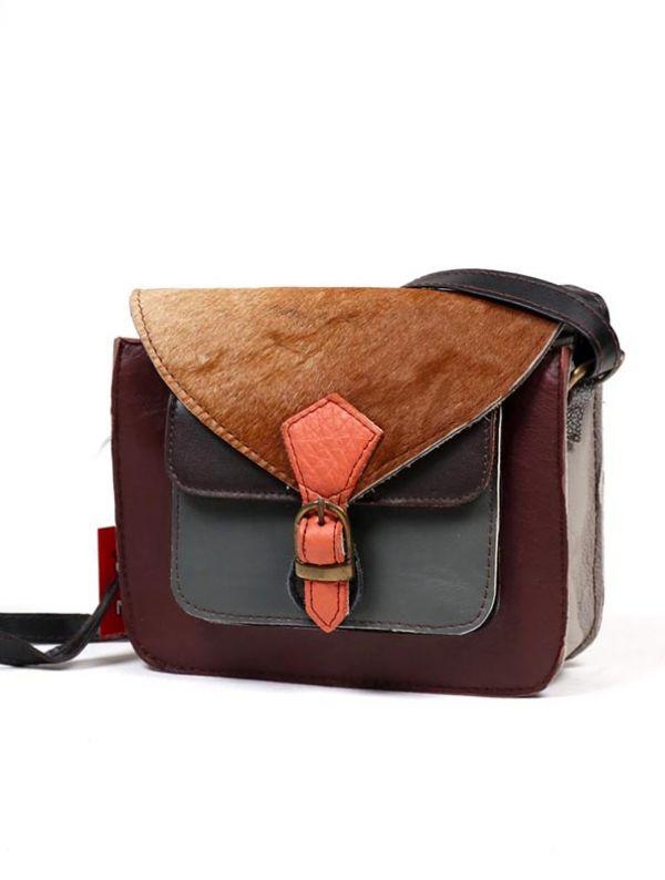Bolso de cuero Reciclado con bolsillo frontal [BOKA24-B]. Bolsos de Piel Reciclada Zero Waste para comprar al por mayor o detalle  en la categoría de Complementos Hippies Alternativos.
