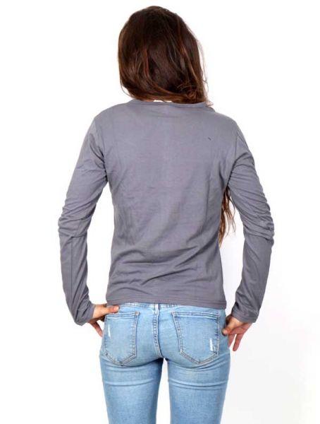 Camiseta con Flor Étnica Bordada - Detalle Comprar al mayor o detalle