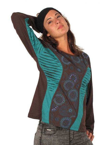Camisetas de Manga Larga - Camiseta mandalas bordados cortada. Camiseta de manga larga de algodón alternativa con mandalas de colores bordados y laterales rasgados. Con espalda lisa. CAMT14 para comprar al por Mayor o Detalle en la categoría de Ropa Hippie Alternativa para Mujer