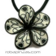 Colgantes flor de fimo, hechos al detalles, cordón elástico, cierre Comprar - Venta Mayorista y detalle