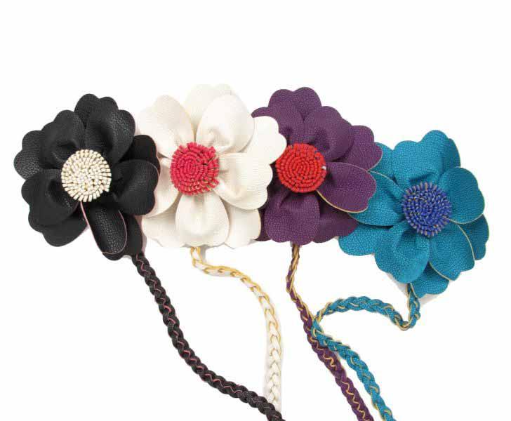 Cinturón flor cuero pa, con cordón trenzado terminado en flecos y motivo de flor terminada con pistilos - Detalle Comprar al mayor o detalle