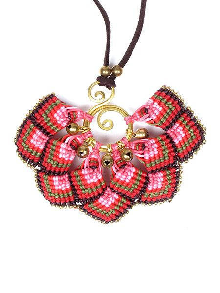 Collares Hippie Étnico - Collar colgante grande flor macrame [COHA02] para comprar al por mayor o detalle  en la categoría de Bisutería Hippie Étnica Alternativa.