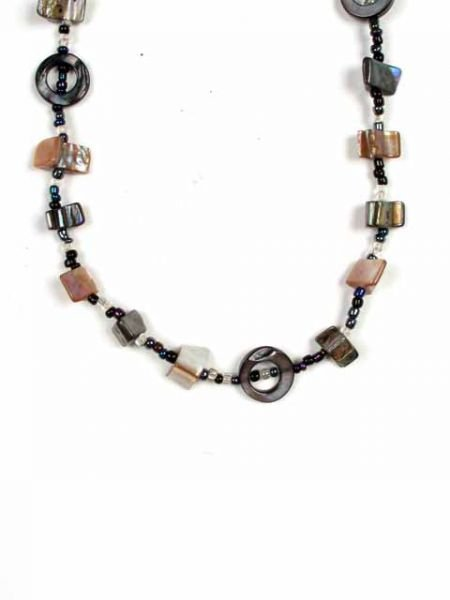 Collar largo de cordón con conchas de diferentes formas y colores Comprar - Venta Mayorista y detalle