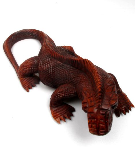 Iguana tallada 30cm, figura tallada a mano en maderas tropicales DBI10 para comprar al por mayor o detalle  en la categoría de Artículos Artesanales.