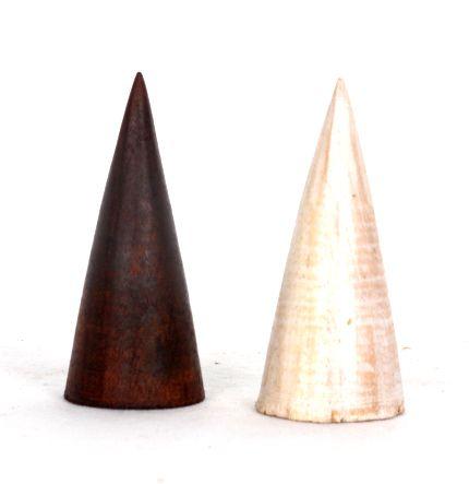 Expositor de anillos tipo cono de madera apto para todo tipo de anillos Comprar - Venta Mayorista y detalle