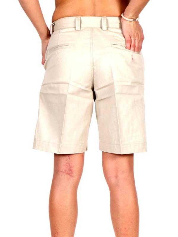 Pantalón corto estilo pinzas. pantalón de algodón para chicas con bolseillos frontales laterales y traseros con botón. - Detalle Comprar al mayor o detalle