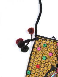 bolso étnico bordado, detalle del producto