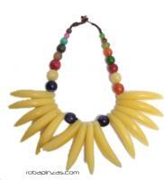 Collar tribal estilo africano. realizado en Ccombinación de resinas, COBOU11 para comprar al por mayor o detalle  en la categoría de Outlet Hippie Etnico Alternativo | ZAS Tienda Hippie.