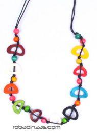 Collana lunga, perline di osso e palline di legno con cordino, da acquistare all'ingrosso o dettaglio nella categoria Abbigliamento Hippie Donna | Negozio alternativo ZAS. [COBOU18]