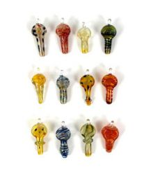 Pack of 12 units of mini glass pipes, with hook for, yes. Hippie Jewelry Outlet to buy wholesale or detail in the Alternative Ethnic Hippie Outlet category | ZAS Hippie Store. [COCR_P]