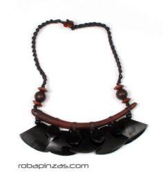 Collar étnico de piezas Mod Negro
