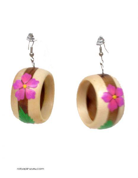 pendientes aros de madera bocolor decoradoos con fliores - DETALLE Comprar al mayor o detalle