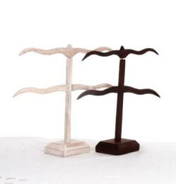 Display of wooden T-type earrings in two colors, to buy wholesale or detail in the Hippie and Alternative Clothing category for Men | ZAS Hippie Store. [EXPE03]