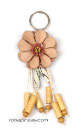 Llavero flor de cuero pequeña Mod Natural