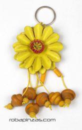 llavero flor de cuero grande Mod Amarillo