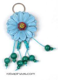 llavero flor de cuero grande Mod Azul