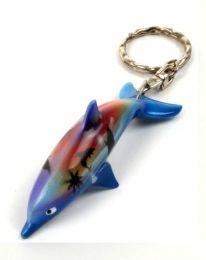 Llavero de delfines pintados detalle del producto