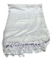 Paréo uni en rayonne, à acheter en gros ou détail dans la catégorie Accessoires de mode Bohemian Hippie | ZAS. [PARB04]