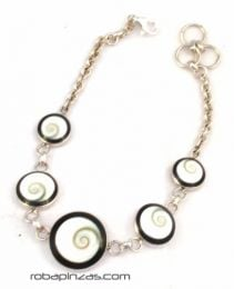 Smooth shiva eye and silver bracelet PLPUOJ9 to buy wholesale or detail in the category of Alternative Hippie Accessories.