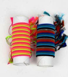 pulsera fina de hilo en colores detalle del producto