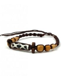Macrame waxed cotton model bracelet with bone beads PUCH2-B to buy in bulk or in detail in the Alternative Ethnic Hippie Costume category.