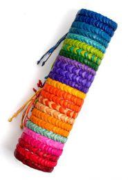 Pulseras de cuero multicolores, detalle del producto