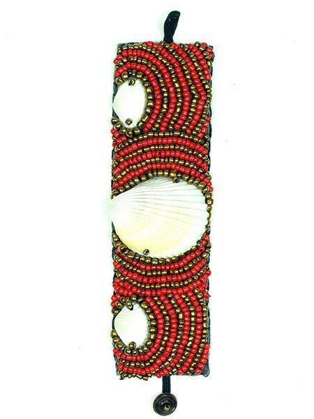 Pulsera realizada con multiples cuentas de colores y grandes conchas Comprar - Venta Mayorista y detalle