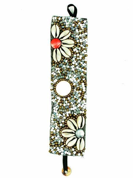 Pulsera realizada con multiples cuentas de colores brillantes y flor Comprar - Venta Mayorista y detalle