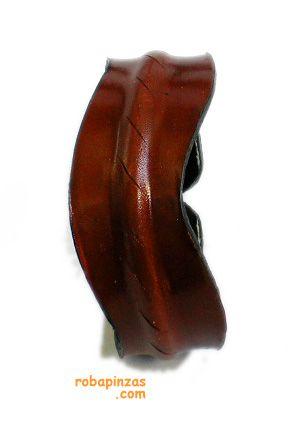 Pulsera de cuero, adorno central de concha o solo cuero o piel de cobra, cierre: abierta alambre central - B Comprar al mayor o detalle