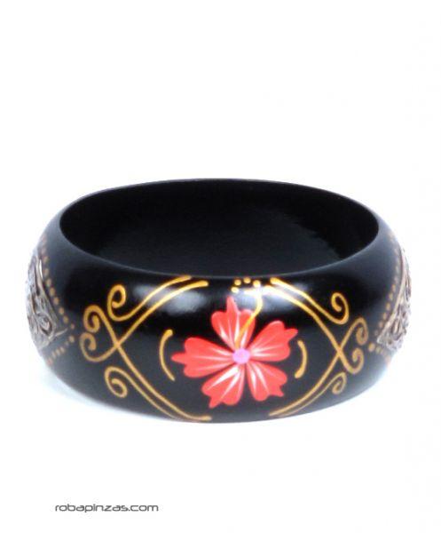 Pulsera madera tipo bangle anchas decoradas con flores. [PUMD6]. Pulseras Hippie Etnicas para comprar al por mayor o detalle  en la categoría de Bisutería Hippie Étnica Alternativa.