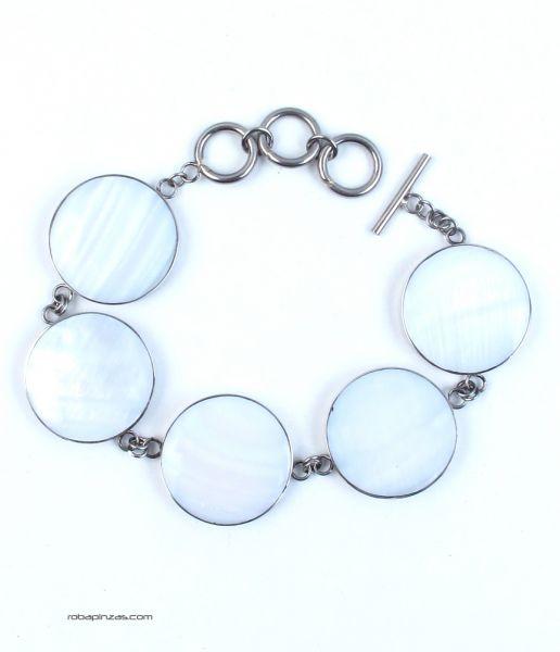 Pulsera en acero inox con conchas, nacar, madre perla, cierre regulable PUVI20 para comprar al por mayor o detalle  en la categoría de Outlet Hippie Étnico Alternativo.