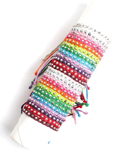 Pulsera de algodón estrecha decorada con cuentas plateadas, cierre PUVI32 para comprar al por mayor o detalle  en la categoría de Bisutería Hippie Étnica Alternativa.