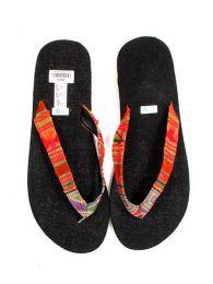 Sandalia tipo flip flop étnico detalle del producto