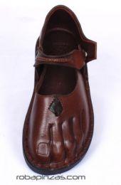 sandalia, zapato de piel, detalle del producto