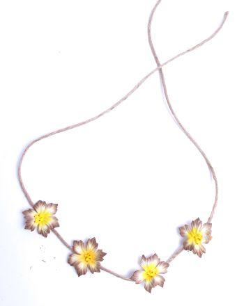 Flores hippie cabeza frente, Flores decorativas de estilo hippie Comprar - Venta Mayorista y detalle