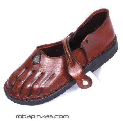 Outlet otros artículos - Sandalia, zapato de piel, forma de pié. con detalles en conchas. [ZPV4] para comprar al por mayor o detalle  en la categoría de Outlet Hippie Étnico Alternativo.